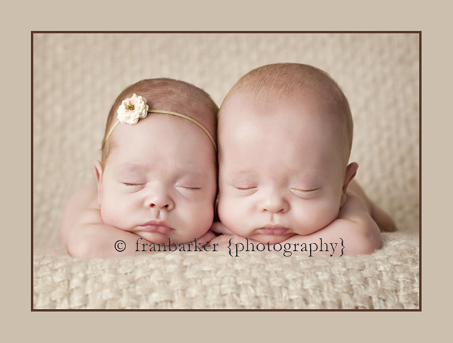 Columbus Ohio Newborn Twin Photographer